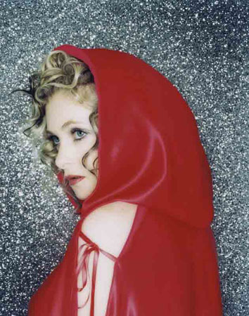 Goldfrapp Dives in Head First with Added Tour Dates